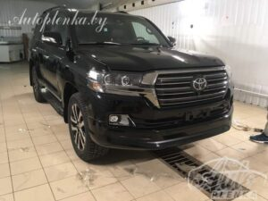 Toyota-Land-Cruiser Excalibur 2017